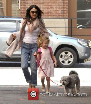 Bethany Frankel, Bryn Hoppy and Cookie - Bethenny Frankel takes her dog Cookie to collect her daughter Bryn from school...