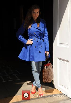 Imogen Thomas - Imogen Thomas arrives at Sketch Cafe - London, United Kingdom - Thursday 30th April 2015