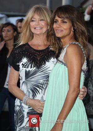 Goldie Hawn and Halle Berry - Mattel Children's Hospital UCLA to celebrate its Third Annual Kaleidoscope Ball - Arrivals -...