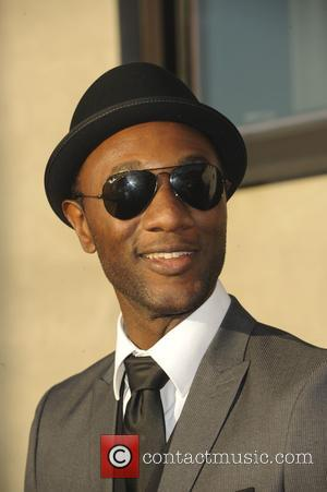 Aloe Blacc - Mattel Children's Hospital UCLA celebrates its third annual Kaleidoscope Ball - Arrivals - Los Angeles, California, United...