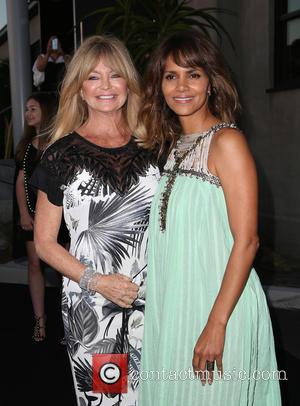 Goldie Hawn and Halle Berry - Mattel Children's Hospital UCLA celebrates its third annual Kaleidoscope Ball - Arrivals at 3Labs...