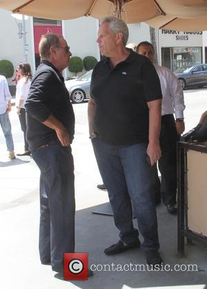Steve Tisch - Sportscaster Al Michaels and film producer Steve Tisch at a restaurant in Beverly Hills - Los Angeles,...