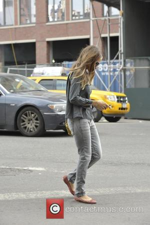 Sarah Jessica Parker - Sarah Jessica Parker walking in Soho on the morning after the Met Gala - Manhattan, New...