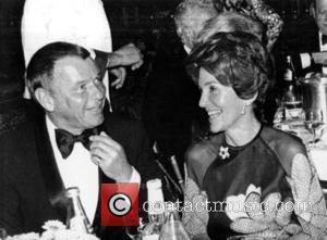 Nancy Reagan, Nancy Davis , Frank Sinatra - NB: Salute to the President Dinner, Beverly Hills, CA, November 12 -...
