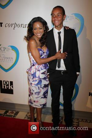 Robin Givens and Son William