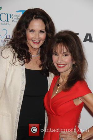 Susan Lucci and Lynda Carter - 14th Annual Women Who Care Awards Luncheon - Red Carpet Arrivals at Cipriani 42...