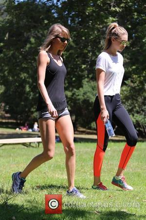 Taylor Swift and Gigi Hadid