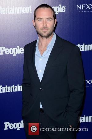 Sullivan Stapleton - Entertainment Weekly And PEOPLE Celebrate The New York Upfronts - Arrivals - Manhattan, New York, United States...