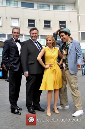 Michael Praed, Mark Benton, Carley Stenson and Noel Sullivan