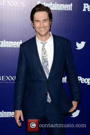 Oliver Hudson - Entertainment Weekly And PEOPLE Celebrate The New York Upfronts - Arrivals - Manhattan, New York, United States...