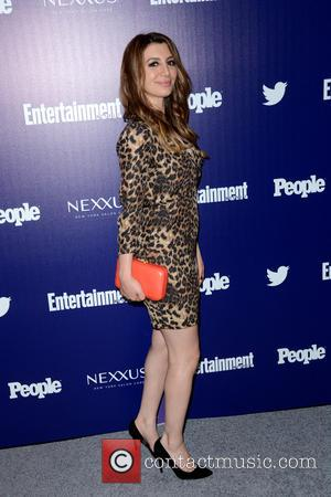 Nasim Pedrad - Entertainment Weekly And PEOPLE Celebrate The New York Upfronts - Arrivals - Manhattan, New York, United States...