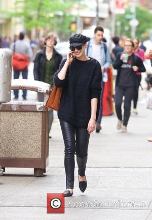 Anne Hathaway - Anne Hathaway out and about in New York City - New York City, New York, United States...