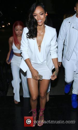 Karrueche Tran - Karrueche Tran arrives at STK Steakhouse in West Hollywood with friends - Los Angeles, California, United States...