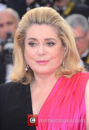 Catherine Deneuve Urges Stars To Give Up Social Media