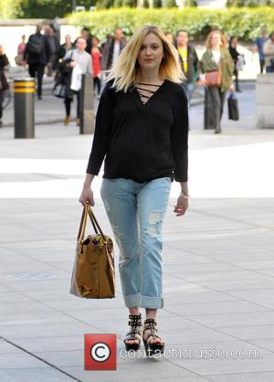 Fearne Cotton - Fearne Cotton arrives at the BBC Radio 1 studios - London, United Kingdom - Wednesday 13th May...
