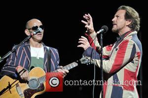 Simon Townshend and Eddie Vedder