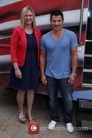 USO of Metropolitan New York's Jessica McAndrews and Nick Lachey