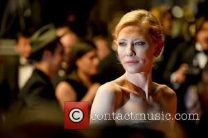 Cate Blanchett Clarifies Lesbian Relationship Comments