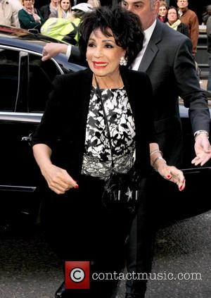 Shirley Bassey Launches Festive Charts Bid