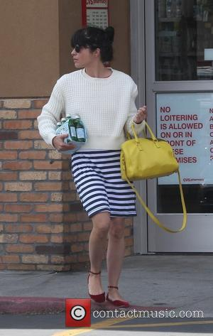 Selma Blair - Selma Blair leaving a nail salon in Studio City - Los Angeles, California, United States - Wednesday...