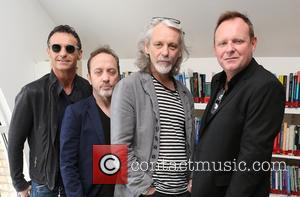 Marti Pellow, Tommy Cunningham, Graeme Clark and Neil Mitchell - Wet Wet Wet visit the Nordoff Robbins London Centre for...