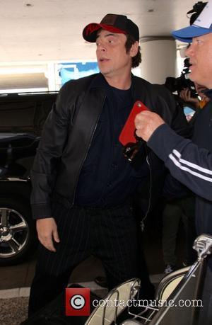 Benicio del Toro - Benicio del Toro at Los Angeles International Airport (LAX) at LAX - Los Angeles, California, United...