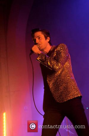 Brandon Flowers Beats Paul Weller To The Top Of The U.k. Charts