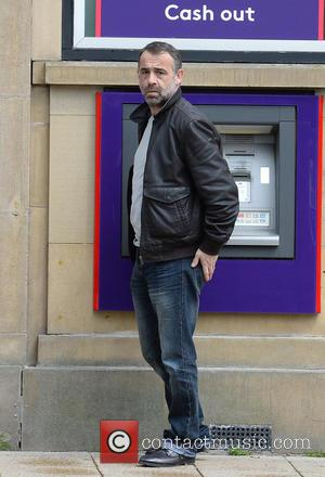 Michael Le Vell - Michael Le Vell stops by a NatWest cash machine in Hale, Cheshire - Manchester, United Kingdom...