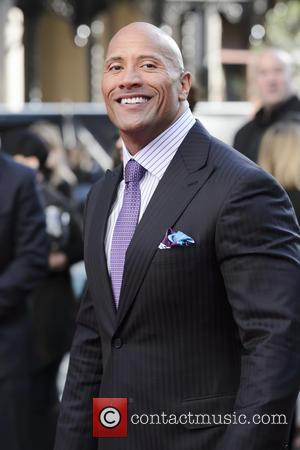 Dwayne Johnson Breaks Guinness World Record At San Andreas Premiere
