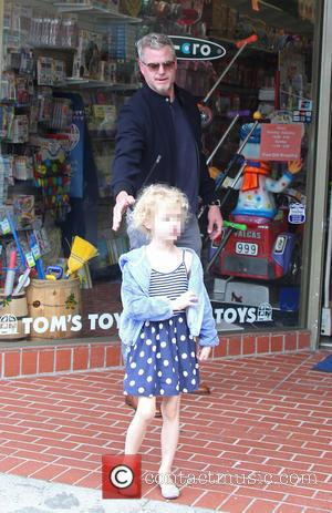 Eric Dane and Billie Dane - Eric Dane takes his daughter Billie Dane shopping at Tom's Toys in Beverly Hills...