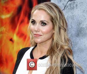 Elizabeth Berkley - The Warner Bros. Pictures world premiere of 'San Andreas' held at the TCL Chinese Theatre - Arrivals...