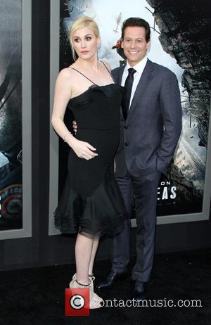 Alice Evans and Ioan Gruffudd - The Warner Bros. Pictures world premiere of 'San Andreas' held at the TCL Chinese...