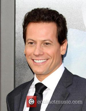 Ioan Gruffudd - The Warner Bros. Pictures world premiere of 'San Andreas' held at the TCL Chinese Theatre - Arrivals...