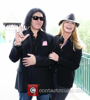 Gene Simmons and Shannon Tweed Simmons - Gene Simmons visits the Bridge of Hearts with Matt Lamb's daughter Shelia Lamb....