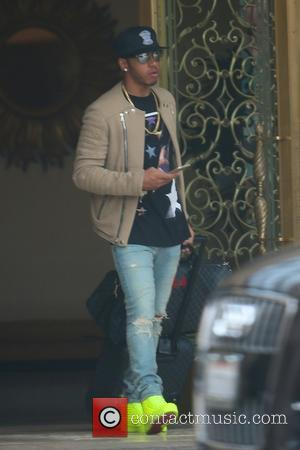 Lewis Hamilton - Lewis Hamilton seen leaving his Hotel in Los Angeles - Los Angeles, California, United States - Friday...