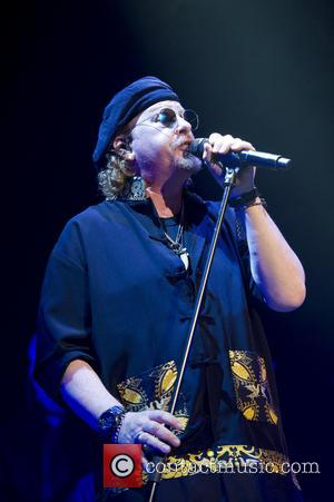 Toto Cancels Show As Frontman Hospitalised