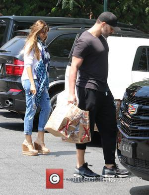 Sofia Vergara and Joe Manganiello - Sofia Vergara and Joe Manganiello shopping at Bristol Farms in Beverly Hills at Bristol...
