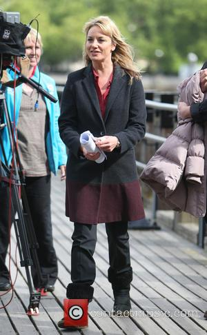 Tamzin Outhwaite - Tamzin Outhwaite filming New Tricks on the Southbank today - London, United Kingdom - Monday 1st June...