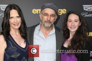 Richard Schiff, Sheila Kelley and Ruby Christine Schiff