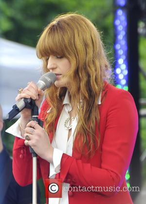 Florence Welch - Florence Welch and the Machine do GMA in NYC - NYC, New York, United States - Friday...