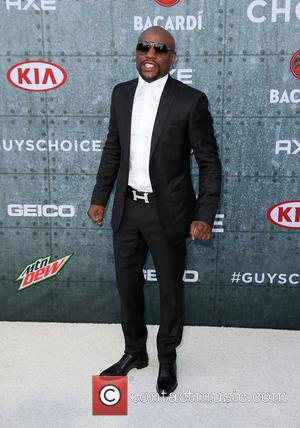 Floyd Mayweather - Spike TV's Guys Choice 2015 at Sony Pictures Studios - Arrivals at Sony Studios - Los Angeles,...