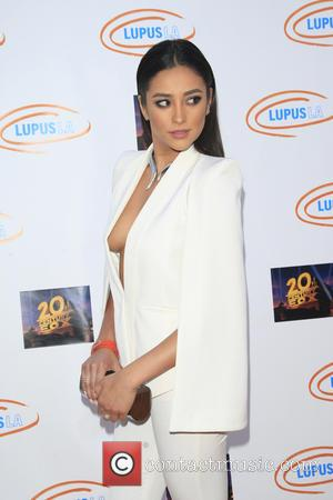 Shay Mitchell - Lupus LA's Orange Ball: A Night Of Superheroes at Fox Studio Lot - Arrivals - Los Angeles,...