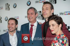 Vicky Mcclure and Neil Morrissey