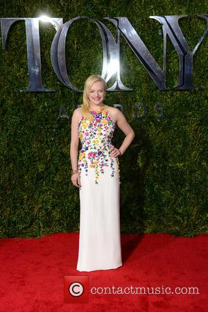 Elisabeth Moss - 2015 Tony Awards - Red Carpet Arrivals at Tony Awards - Manhattan, New York, United States -...