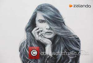 Cara Delevingne - Cara Delevingne wall mural to celebrate Topshop at Zalando at Rosenthaler Platz - Berlin, Germany - Tuesday...