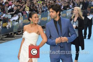 Emmanuelle Chriqui and Adrian Grenier