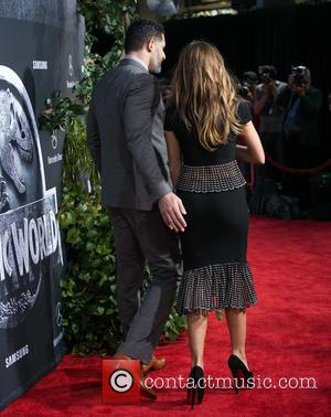 Joe Manganiello and Sofia Vergara - Premiere of Universal Pictures' 'Jurassic World' at Dolby Theatre - Arrivals at Dolby Theatre...