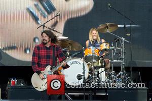 Dave Grohl, Taylor Hawkins and Foo Fighters
