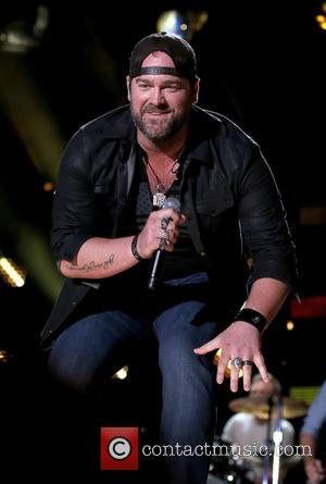 Garth Brooks Praises Lee Brice As 'The Master'
