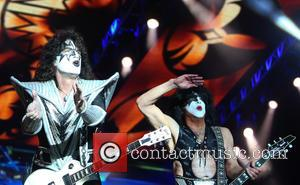 Tommy Thayer and Paul Stanley